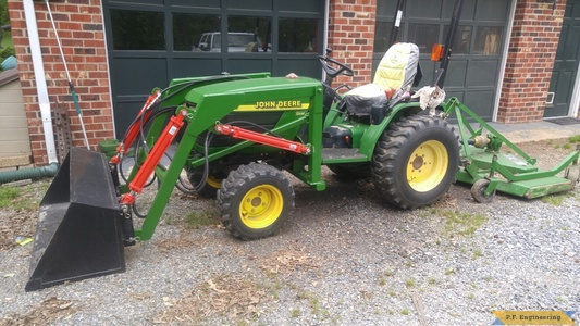 John Deere 4100 loader left side by Mario