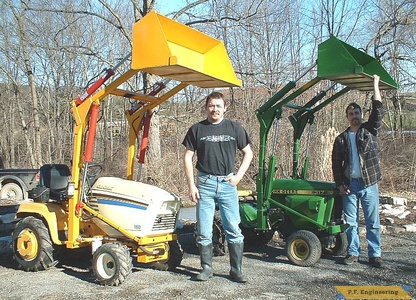 Cub Cadet 1862 and John Deere 317 garden tractor loaders_2