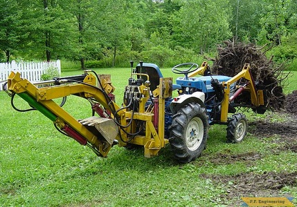 Ford 1110 compact tractor loader_4