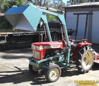 Yanmar YM1500 compact tractor loader_3